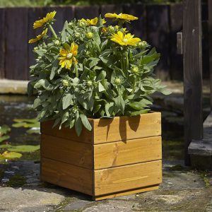 KELHAM PLANTER – LARGE – WOODEN (FSC)