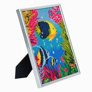 TROPICAL FISH, 21x25cm PICTURE FRAME CRYSTAL ART