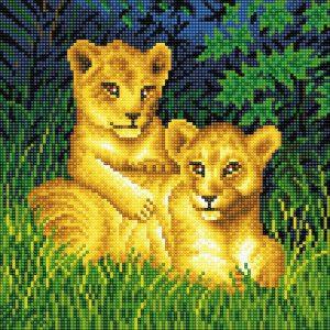 LION CUBS FRAMED CRYSTAL ART KIT 30x30cm